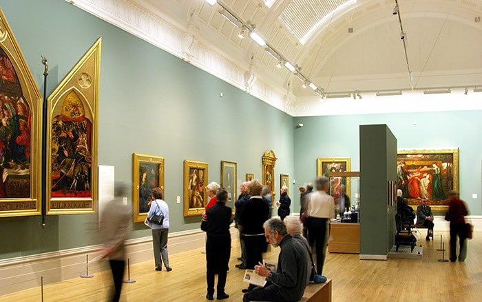 lighting design services uk art galleries museums exhibitions
